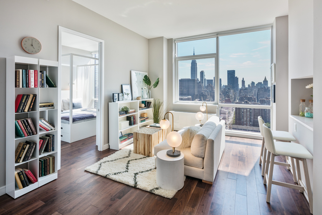 2 Bedrooms, Chelsea Rental in NYC for $4,684 - Photo 1