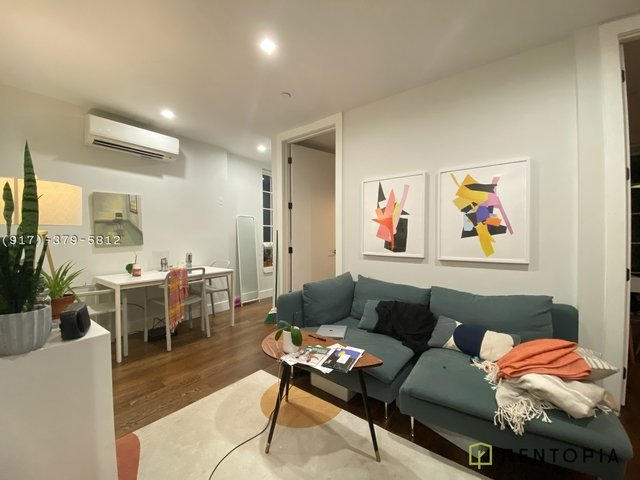 3 Bedrooms, East Williamsburg Rental in NYC for $3,876 - Photo 1