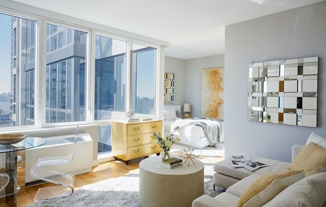 Studio, Hell's Kitchen Rental in NYC for $2,340 - Photo 1