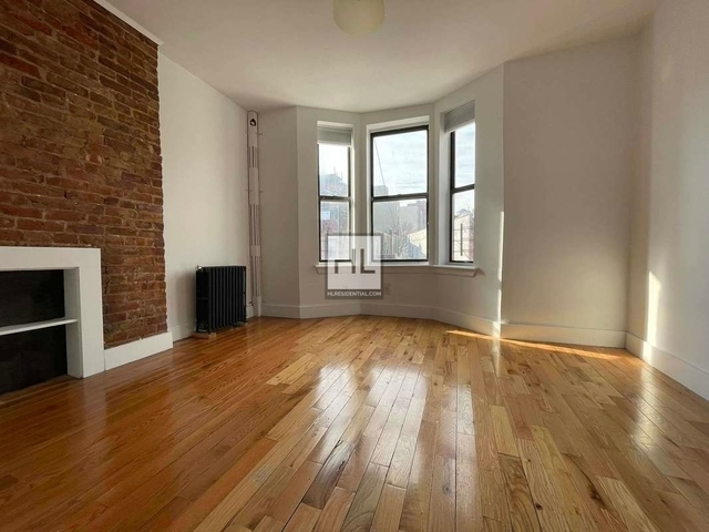 3 Bedrooms, Crown Heights Rental in NYC for $2,066 - Photo 1