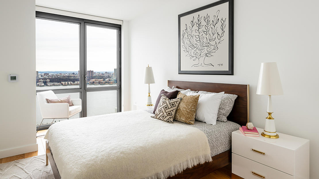 2 Bedrooms, Hell's Kitchen Rental in NYC for $5,166 - Photo 1