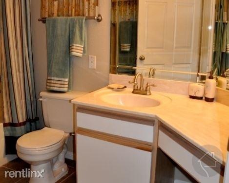 3 Bedrooms, Steeplechase Park Rental in Houston for $1,689 - Photo 1