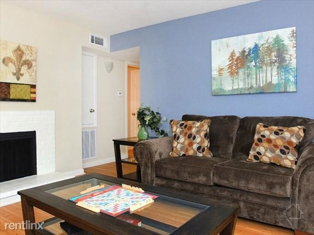 3 Bedrooms, Briarforest Rental in Houston for $1,905 - Photo 1