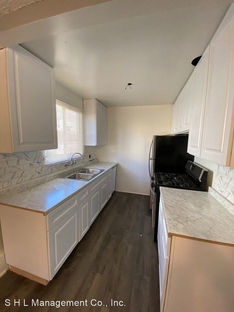 2 Bedrooms, Central Hollywood Rental in Los Angeles, CA for $2,145 - Photo 1