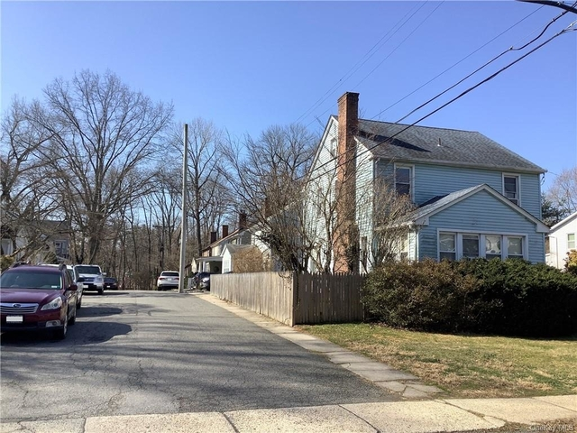 3 Bedrooms, Rye Rental in Harrison, NY for $4,100 - Photo 1