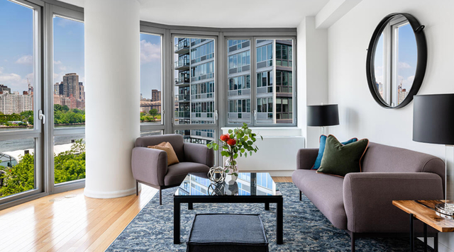 2 Bedrooms, Hunters Point Rental in NYC for $6,413 - Photo 1