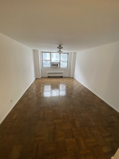 1 Bedroom, Murray Hill Rental in NYC for $2,083 - Photo 1