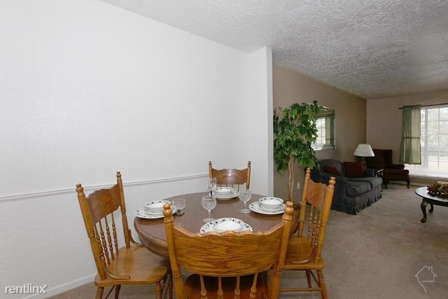 3 Bedrooms, Baytown Rental in Houston for $1,240 - Photo 1