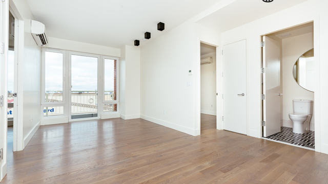 2 Bedrooms, Bedford-Stuyvesant Rental in NYC for $2,842 - Photo 1