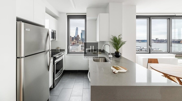 2 Bedrooms, Hell's Kitchen Rental in NYC for $4,422 - Photo 1