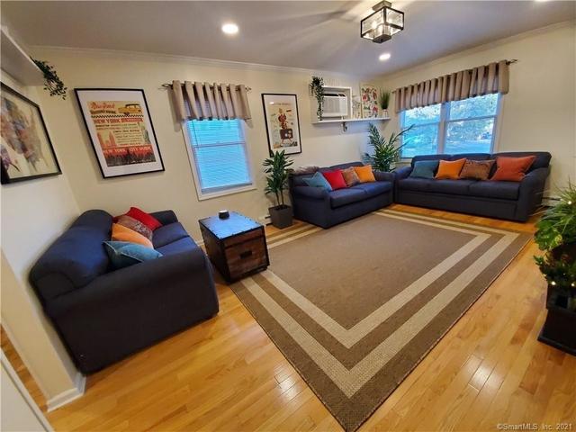 2 Bedrooms, West Norwalk Rental in Bridgeport-Stamford, CT for $4,500 - Photo 1