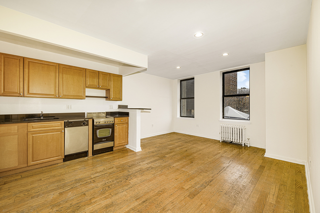 2 Bedrooms, Lower East Side Rental in NYC for $2,400 - Photo 1