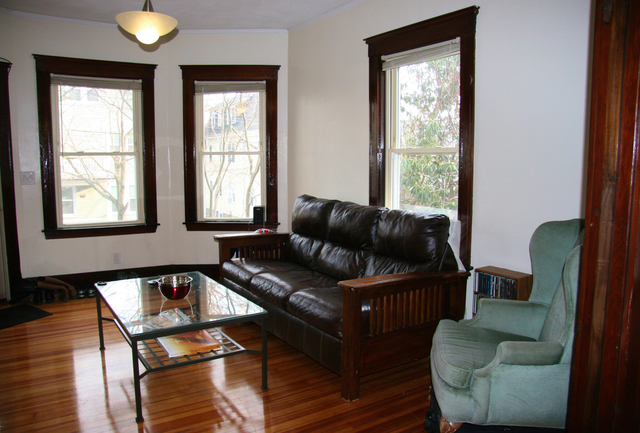 3 Bedrooms, Oak Square Rental in Boston, MA for $3,300 - Photo 1
