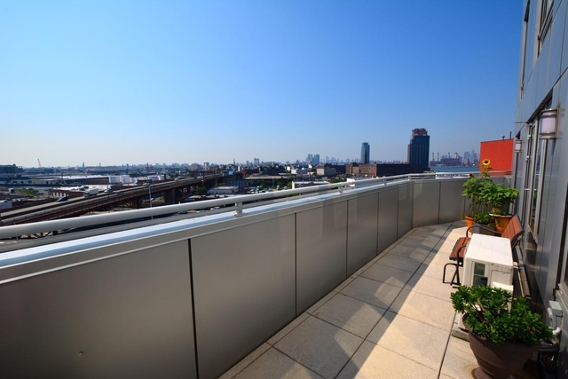 2 Bedrooms, Hunters Point Rental in NYC for $3,692 - Photo 1