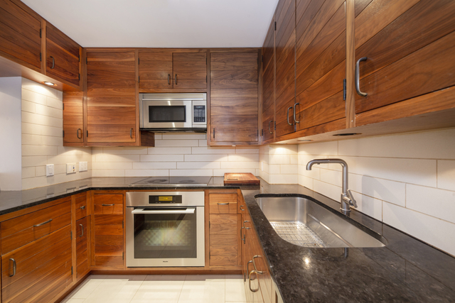 2 Bedrooms, Theater District Rental in NYC for $7,310 - Photo 1