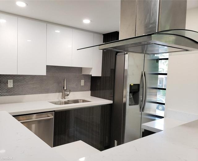 2 Bedrooms, Douglas Rental in Miami, FL for $2,000 - Photo 1