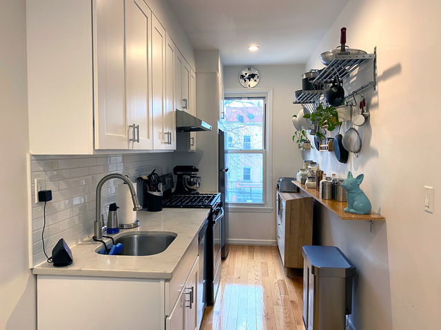 2 Bedrooms, Sunset Park Rental in NYC for $2,650 - Photo 1