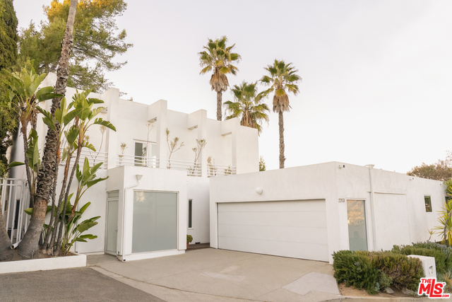 3 Bedrooms, Bel Air-Beverly Crest Rental in Los Angeles, CA for $12,500 - Photo 1