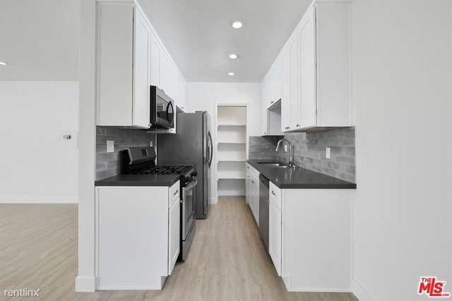 1 Bedroom, Sunset Park Rental in Los Angeles, CA for $3,000 - Photo 1