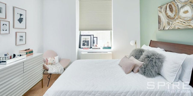 2 Bedrooms, Battery Park City Rental in NYC for $4,875 - Photo 1