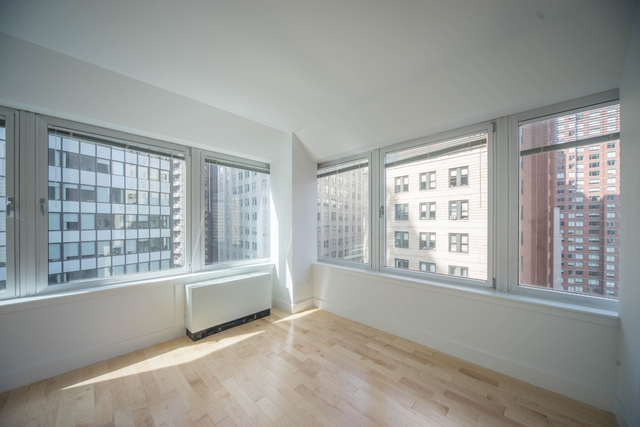 Studio, Financial District Rental in NYC for $2,333 - Photo 1
