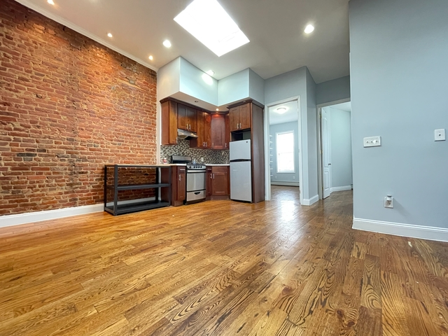 4 Bedrooms, Ocean Hill Rental in NYC for $2,295 - Photo 1