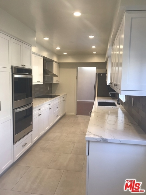 2 Bedrooms, Beverly Hills Rental in Los Angeles, CA for $5,495 - Photo 1
