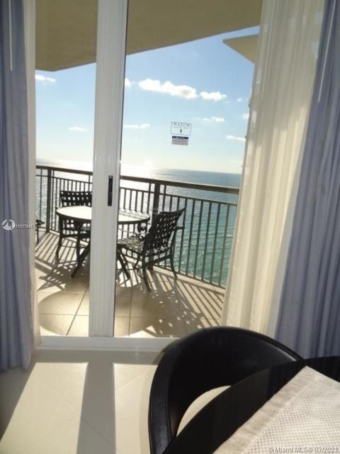 2 Bedrooms, Miami Beach Rental in Miami, FL for $4,500 - Photo 1