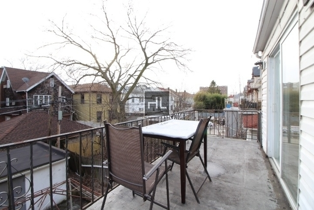 2 Bedrooms, Bensonhurst Rental in NYC for $1,975 - Photo 1