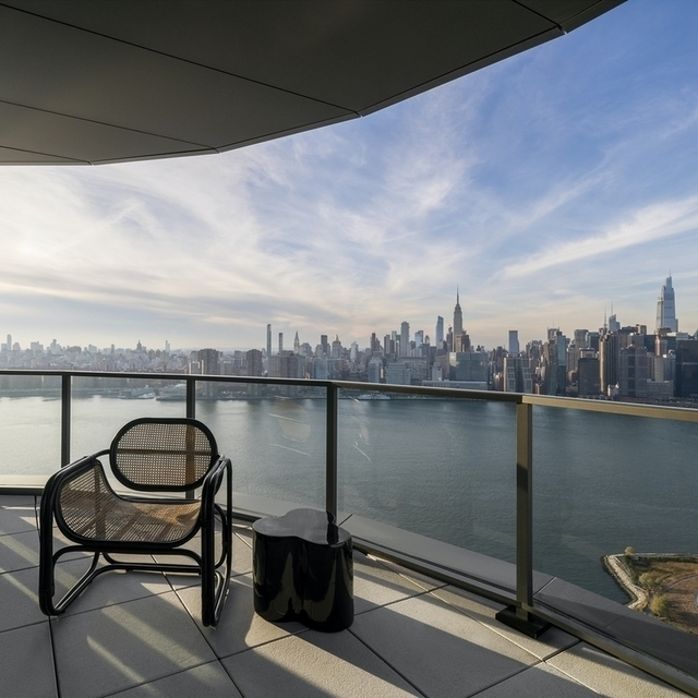 3 Bedrooms, Greenpoint Rental in NYC for $10,856 - Photo 1