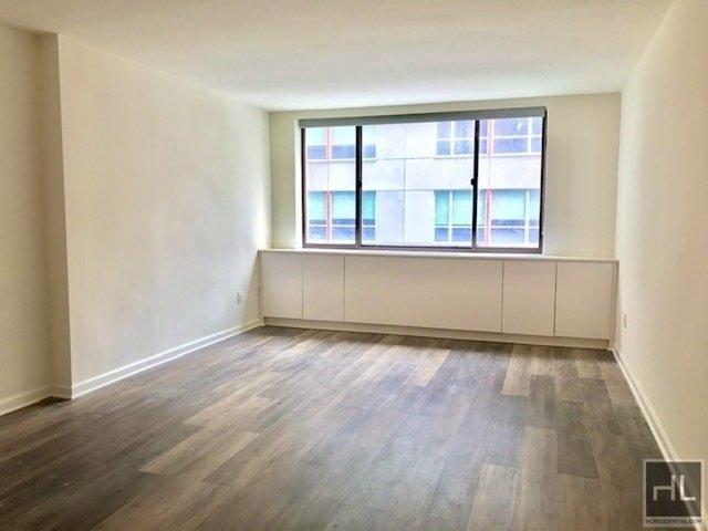 Studio, Hell's Kitchen Rental in NYC for $2,845 - Photo 1