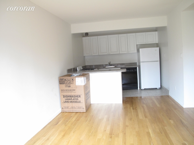 1 Bedroom, Upper East Side Rental in NYC for $2,333 - Photo 1