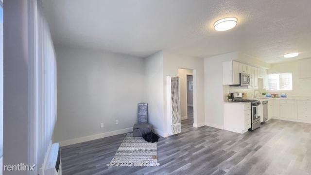 2 Bedrooms, Van Nuys Rental in Los Angeles, CA for $2,250 - Photo 1