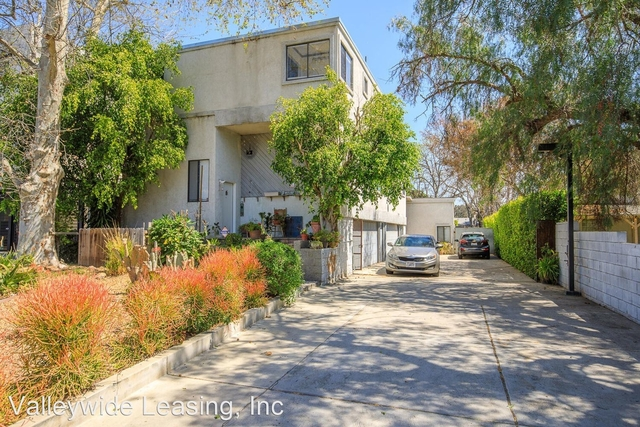 3 Bedrooms, Mid-Town North Hollywood Rental in Los Angeles, CA for $2,995 - Photo 1