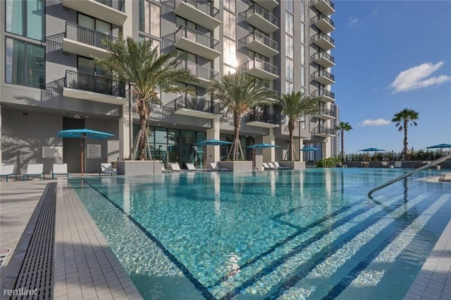 2 Bedrooms, Overtown Rental in Miami, FL for $4,095 - Photo 1