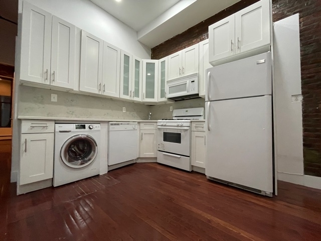 3 Bedrooms, Central Harlem Rental in NYC for $2,745 - Photo 1