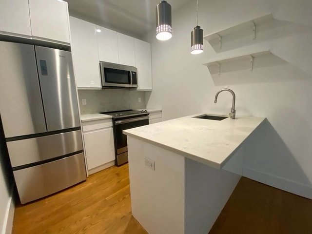 2 Bedrooms, East Williamsburg Rental in NYC for $2,742 - Photo 1