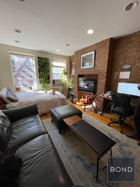 Studio, Lower East Side Rental in NYC for $2,100 - Photo 1