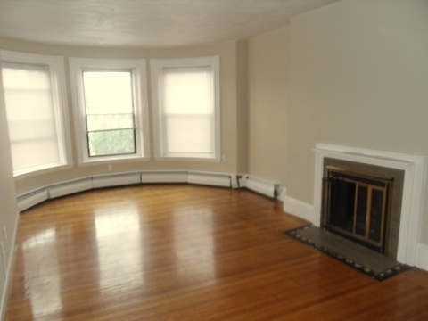 1 Bedroom, Kenmore Rental in Boston, MA for $2,350 - Photo 1