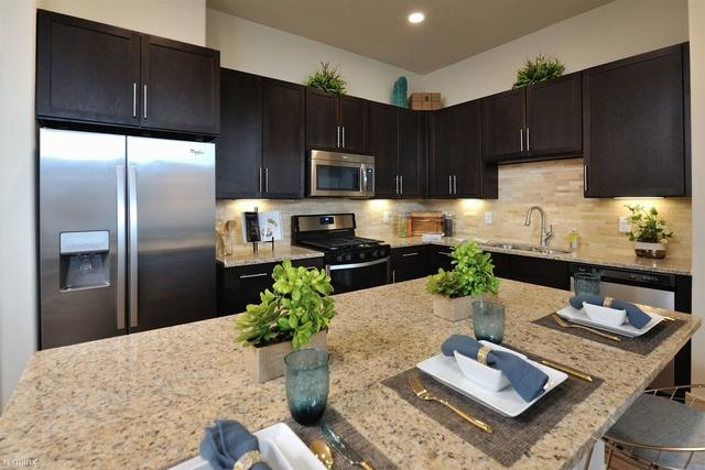 1 Bedroom, Grogan's Mill Rental in Houston for $1,300 - Photo 1