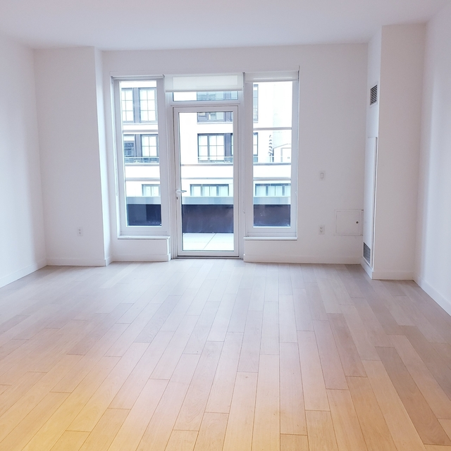 1 Bedroom, Hell's Kitchen Rental in NYC for $3,798 - Photo 1