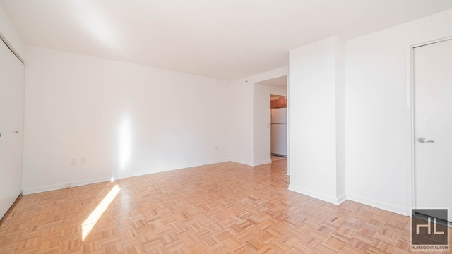 Studio, Hell's Kitchen Rental in NYC for $2,079 - Photo 1