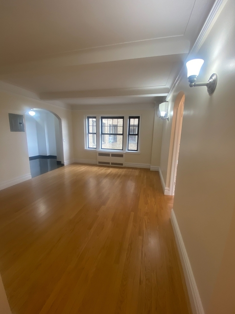 1 Bedroom, West Village Rental in NYC for $6,050 - Photo 1