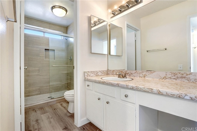2 Bedrooms, Solano Canyon Rental in Los Angeles, CA for $2,100 - Photo 1