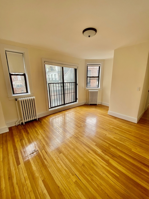 Studio, Park Manor Rental in Chicago, IL for $1,985 - Photo 1