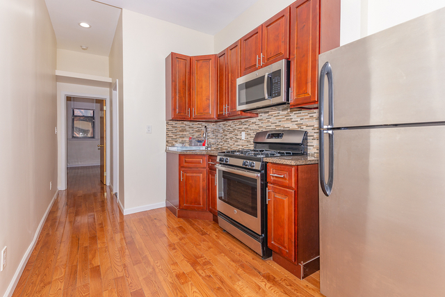 2 Bedrooms, Bushwick Rental in NYC for $2,025 - Photo 1