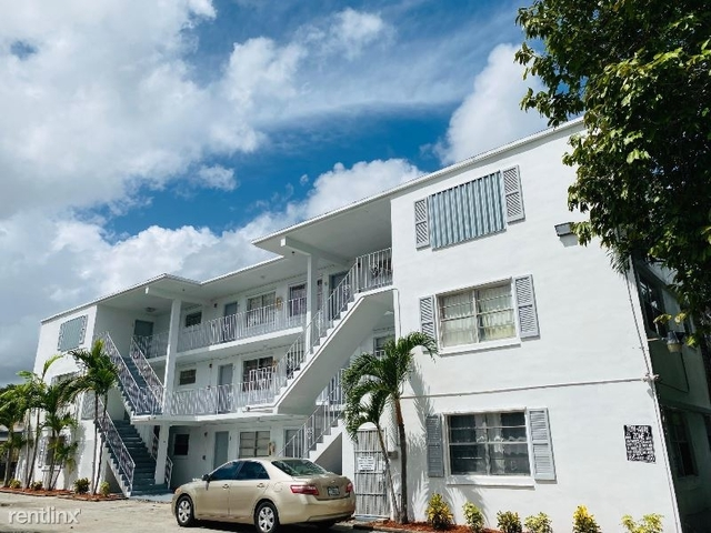 2 Bedrooms, Miami Jewelry District Rental in Miami, FL for $1,300 - Photo 1