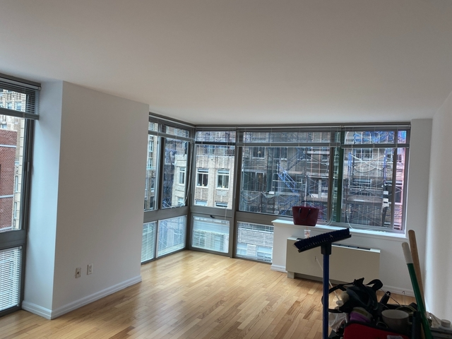 Studio, Financial District Rental in NYC for $2,296 - Photo 1