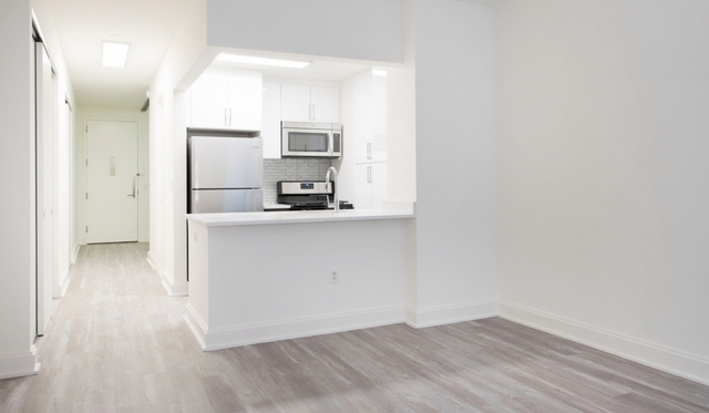 Studio, Financial District Rental in NYC for $2,042 - Photo 1