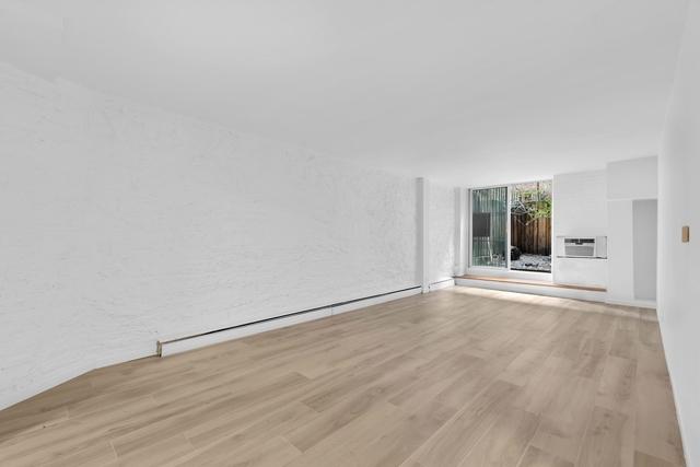 1 Bedroom, Rosemoor Rental in Chicago, IL for $2,595 - Photo 1